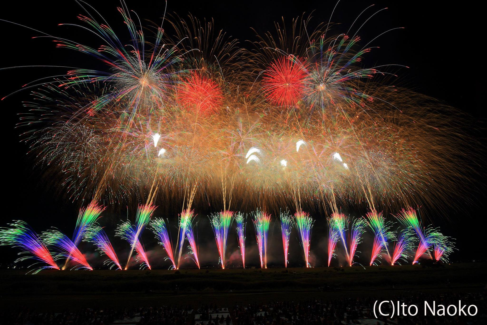 """Photo of Fascinating and Brilliant Colors! """"Shinmei Fireworks Display"""""""