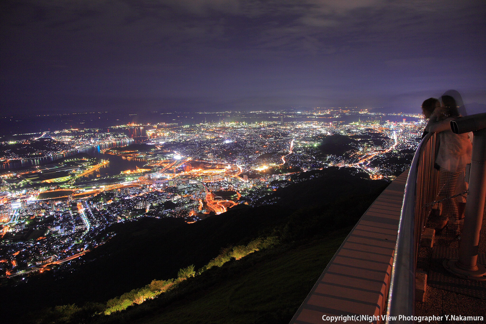 Photo of 北九州から下関まで望める大パノラマ!工場夜景も一望できる「皿倉山展望台」